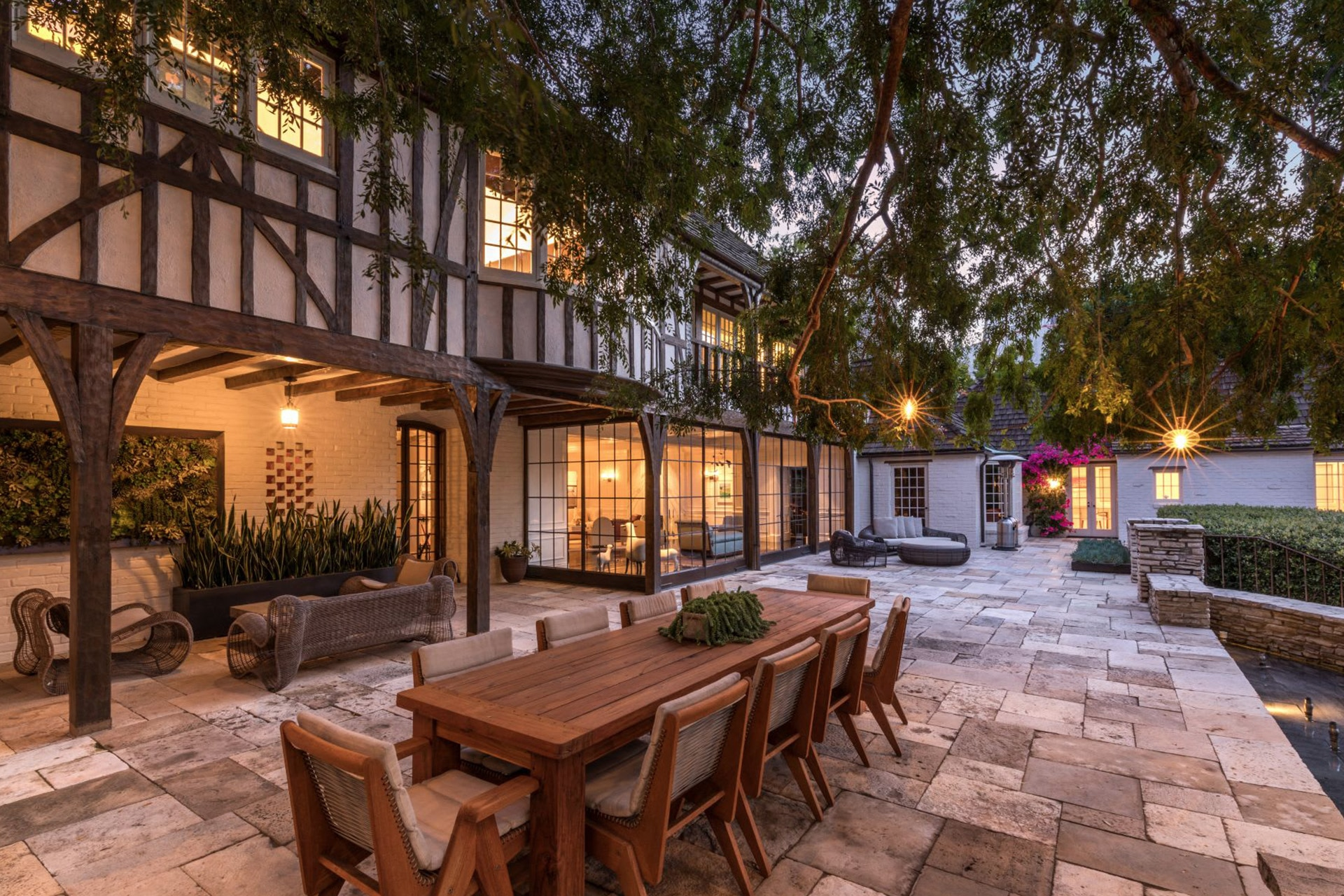 Take A Tour Of The $70 Million Mansion Once Owned By Brad Pitt And Jennifer Aniston