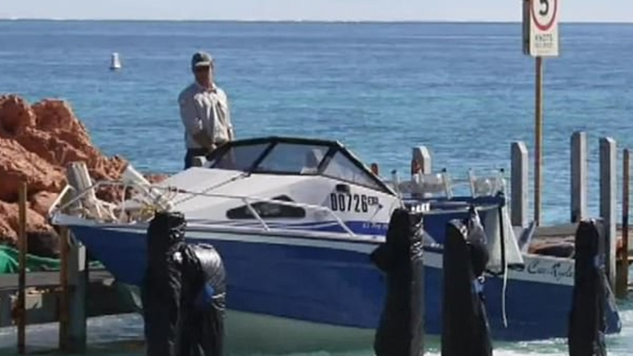 The recovery operation of the Oostrycks' bodies and boat could only be mounted in daylight on Wednesday.