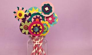 Make Mum a bunch of felt flowers for Mother's Day