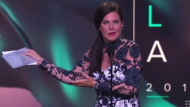 Julia Morris' awkward Logies slip-up