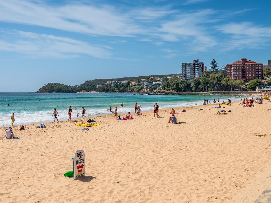 And its equally beautiful sister, Manly Beach.