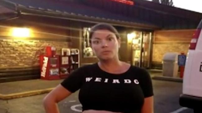 Pregnant woman refused service at restaurant over crop top