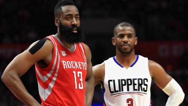 The Knicks should make like they want to sign Chris Paul, Andrew Lynch writes.