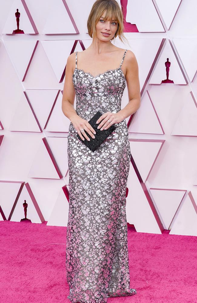 Margot Robbie debuted her new hair at the Oscars in April. Picture: Chris Pizzello-Pool/Getty Images