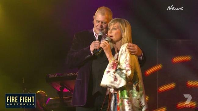 John Farnham and Olivia Newton-John perform at Fire Fight Australia