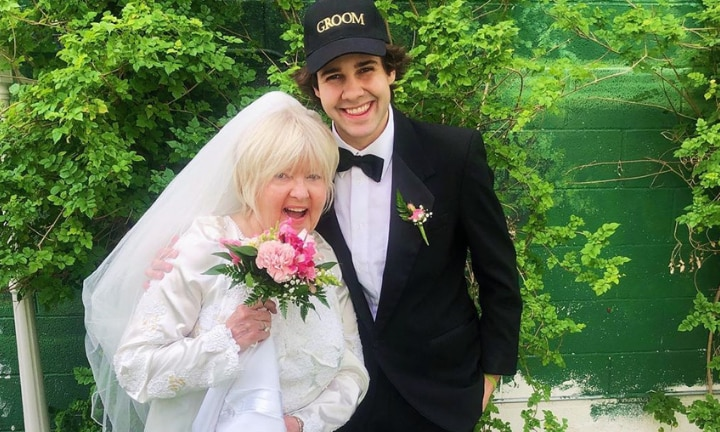 YouTuber marries and divorces friend's mother