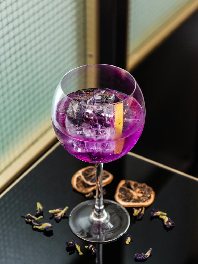 The dark blue Butterfly Pea gin changes colour when you add tonic.