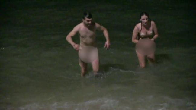 Romping couple arrested naked on Thailand beach