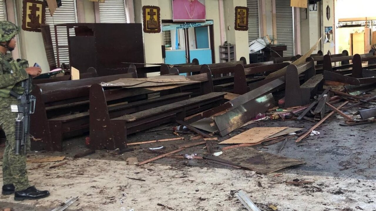 At least 21 people killed in Philippines church bombing