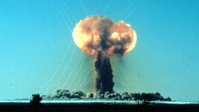 Denotation of 15 kiloton plutonium bomb at Maralinga in 1956.