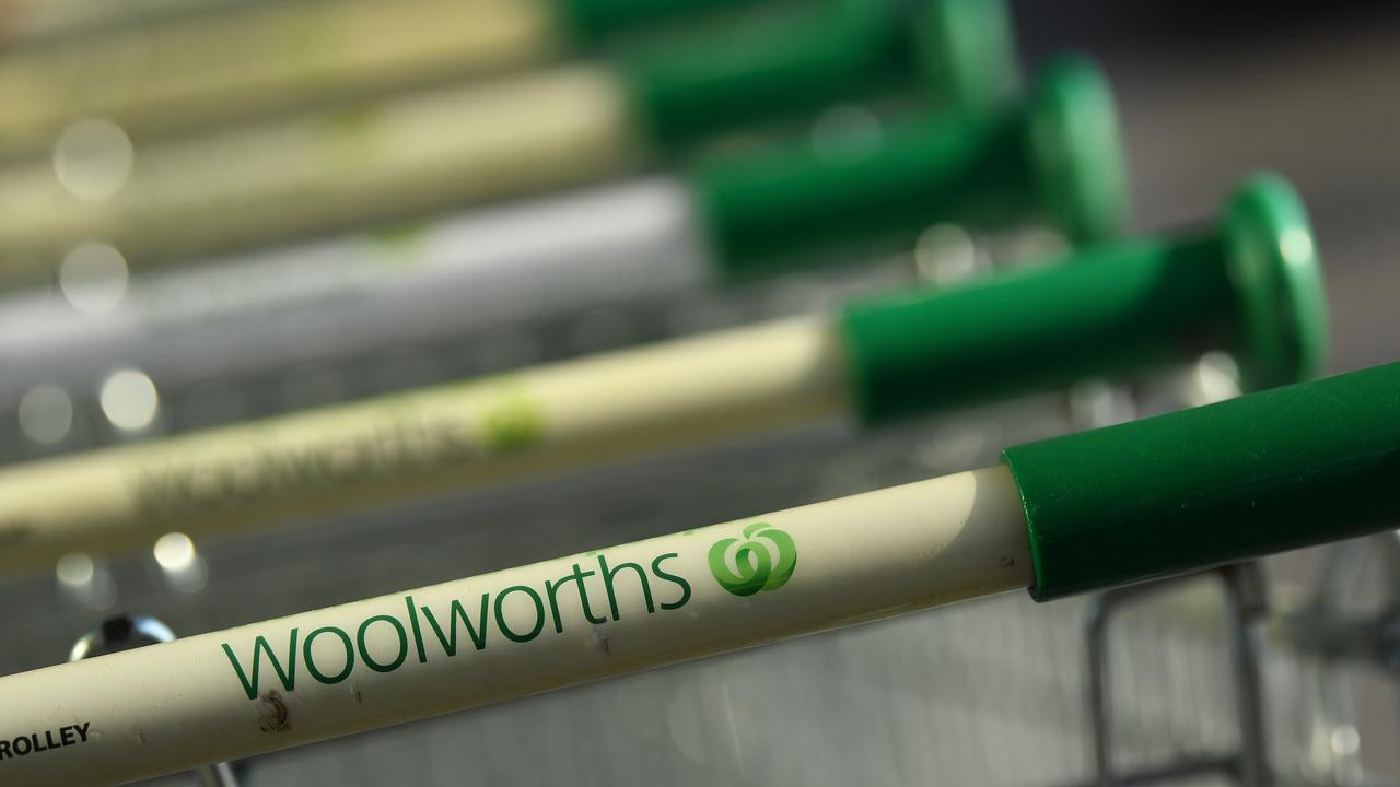 Woolworths has proposed a demerger of its liquor business. Picture: NCA NewsWire/Joel Carrett