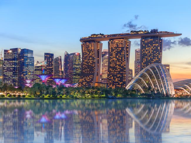 SINGAPORE / ASIA 14-DAY PACKAGE, $4580 Book one of more than 40 eligible Wendy Wu tours in 2020 and get a two-night stopover in Singapore for $99 a person, twin share (saving $336), or $199 a person, single occupancy (saving $581). For example, book the 14-day Majestic Yangtze tour from $4580 and see Shanghai, Great Wall of China, the Terracotta Army and do a four-day Yangtze River cruise. Book before December 16, 2019. wendywutours.com.au