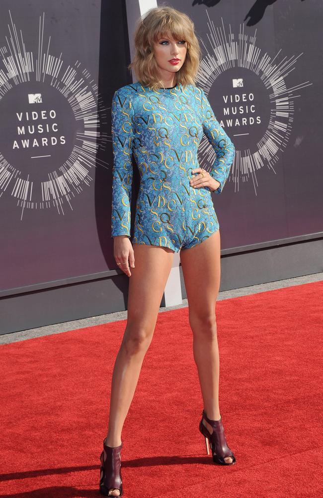 Singer Taylor Swift arrives at the 2014 MTV Video Music Awards at The Forum on August 24, 2014 in Inglewood, California. (Photo by Axelle/Bauer-Griffin/FilmMagic)