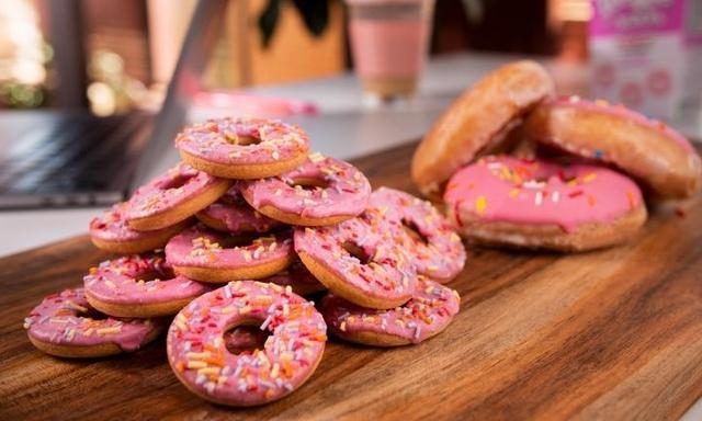 Arnott's release Krispy Kreme-flavoured teeVee snack 'dough-scuits'
