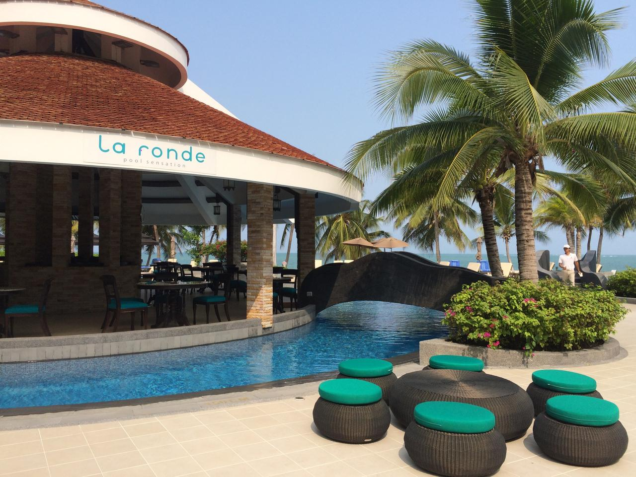 Supplied Travel MERC WELLNESS La Ronde Restaurant in the middle of the pool at Royal Wing Suites & Spa in Pattaya