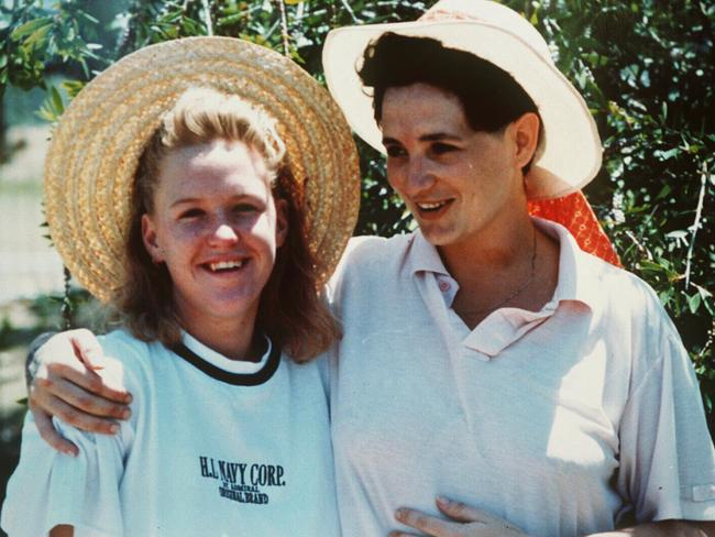 Convicted murderer Tracey Wigginton with her niece at a prison picnic.