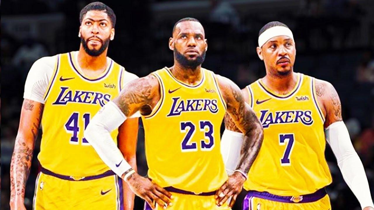 (L-R) Anthony Davis, LeBron James and Carmelo Anthony.